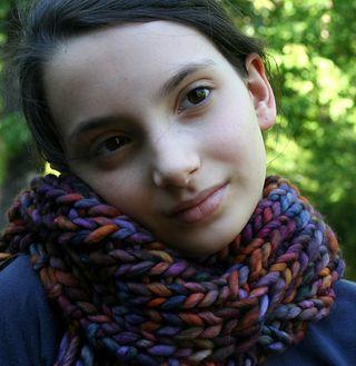 Ellie_in_rasta_medium